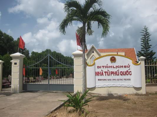 Nhà tù Phú Quốc - iVIVU.com